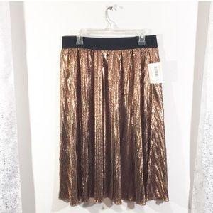 NWT Lularoe metallic bronze pleat skirt elegant